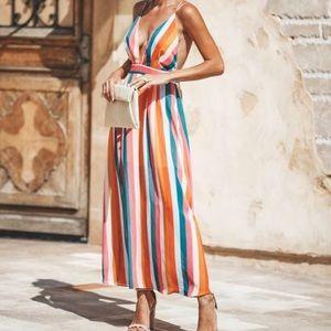 Sun kissed Maxi dress (lg but fits like a medium)